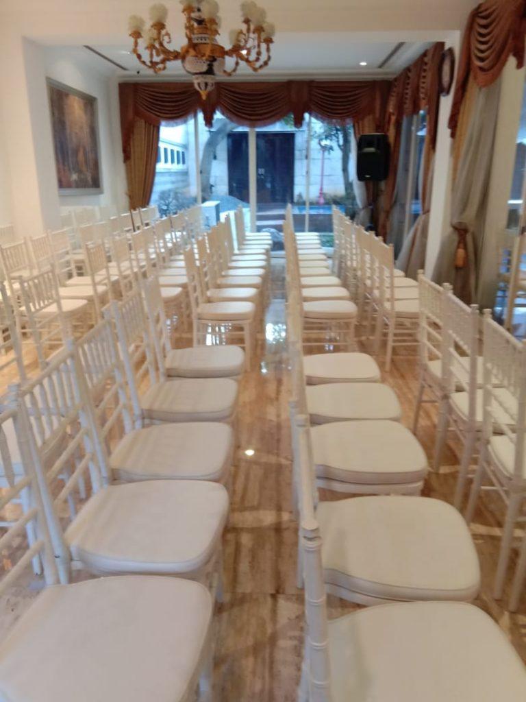 Sewa kursi Tiffany jakarta timur
